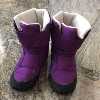 Kids/girls snow boots - Almost New; Waterproof