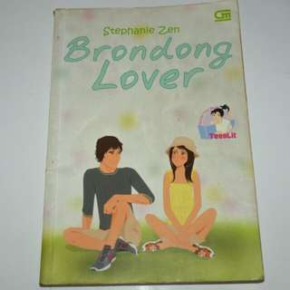Novel Brondong Lover - Stephanie Zen