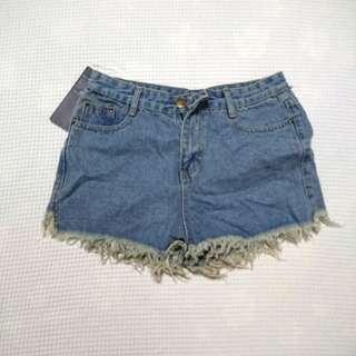 BNWT M Size Denim Shorts