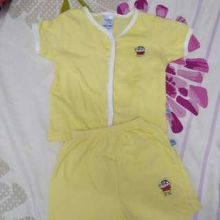 Baby apparel set