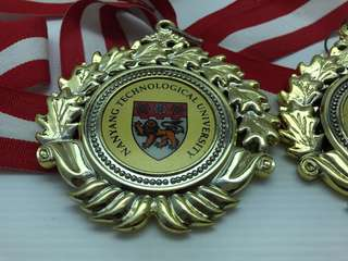 NANYANG TECHNOLOGICAL UNIVERSITY CARROM CHAMPION MEDAL ISRD 2002/2003