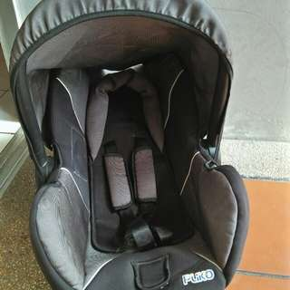 Baby Car Seat/ baby carrier