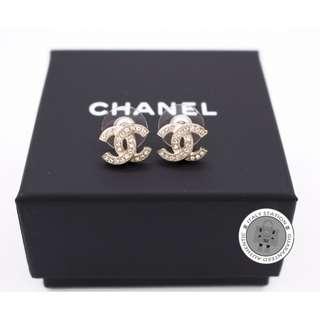 (NEW) Chanel A88429 Y0200 METAL S EARRINGS GHW, GOLD全新 耳環 金色