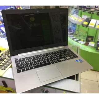 Asus 二手電腦  A551L 15吋 文書工作