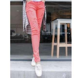 [清私物貼家用]全新轉賣OB鉚釘飾口袋刷破牛仔窄管褲(西紅L)