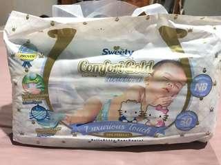 Sweety Comfort Gold New Born isi 30 pcs (perekat)