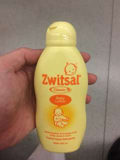 Zwitsal Baby Lotion Classic 100ml Bottles