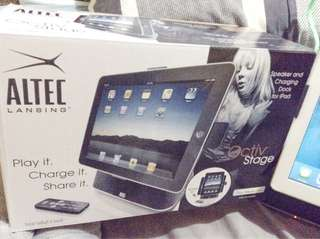 Altec lansing,speaker and charging dock for ipad