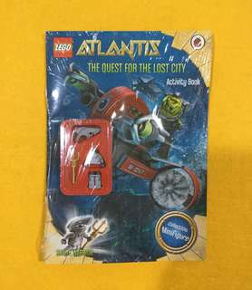 🆕Lego Atlantis: The Menace From the Deep Activity Book with Lego Figurine