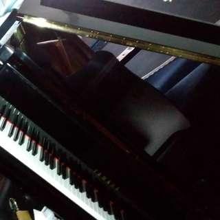GC1 Yamaha Grand Piano #108