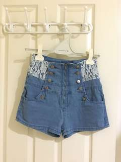 High waisted denim shorts (with lace)