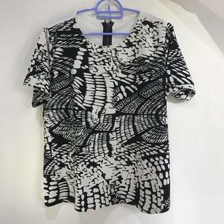 black&white blouse