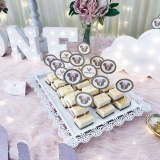 RENT - LACE DETAILED DESSERT TRAY