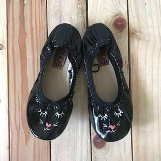 Preloved Cotton on flats