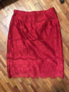 SM WOMAN Red Lace Skirt