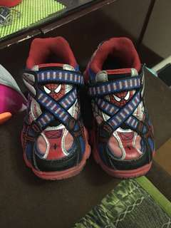 Stride rite spiderman shoes