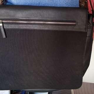 For Sale 2nd hand messenger bag