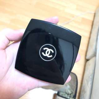 Chanel long wear shine control powder