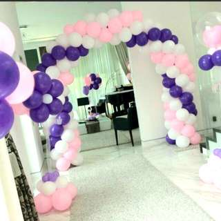 Balloon decorations arch and columns