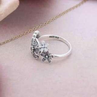 Pandora 潘朵拉 二手花朵戒指 保證正品