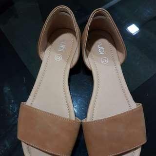 Pre-loved Sandals
