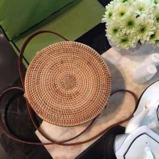 Hand woven rattan sling bag #fesyen50