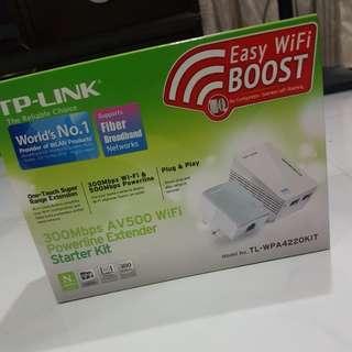 TP-LINK AV-500 WiFi Powerline Extender Starter Kit