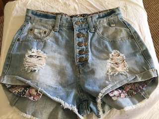 High wasted ripped Denim Shorts