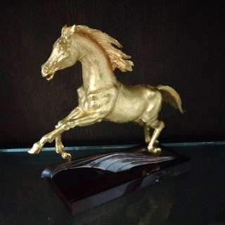 Risis limited edition horse