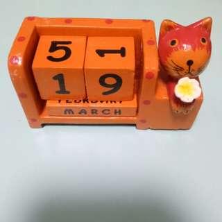 Wooden Calendar Block