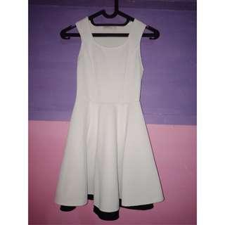 Dress brand BERSHKA