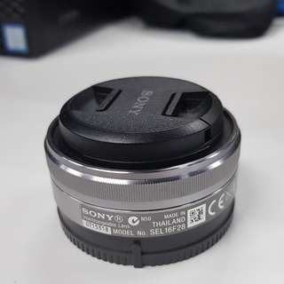 Sony 16mm F/2.8 E-mount lens