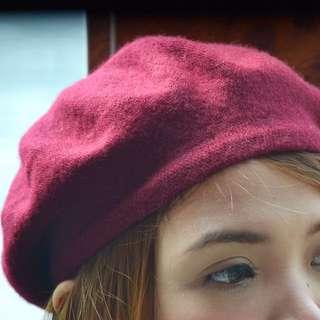 Beret hat maroon