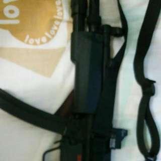 Ca Mp5a5, 包紅點鏡,電筒,一夾