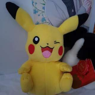 Pokemon plushies LOT