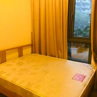 Lakeside Condo room 3 mins covered to MRT cheap!