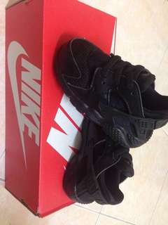 PRICE REDUCED!! Preloved Original Baby Nike Huarache