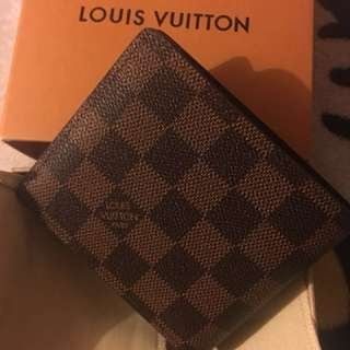 Lv men wallet