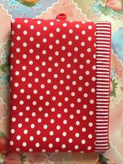 [yyy055] 紅色波點notebook袋/文件袋