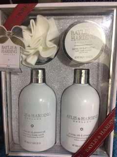 Body lotion & wash set