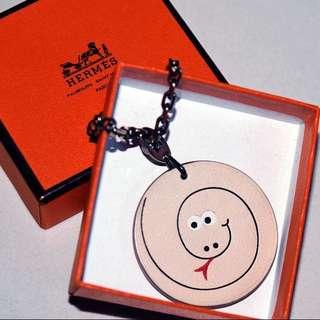 愛馬仕 限量版 蛇仔 吊飾物鎖匙扣 米黃色 Hermes Key Chain Snake Charm