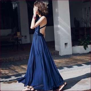 Candy w ❤️現貨❤️波西米亞度假風深藍露背開岔長裙洋裝