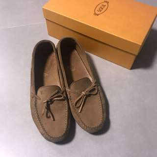 Tods 豆豆鞋 Gommino Suede Moccasins