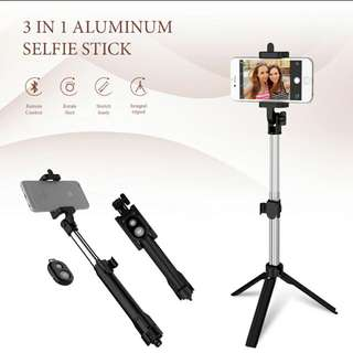 Bluetooth Phone Tripod Selfie Stick For IPhone / Android Phone