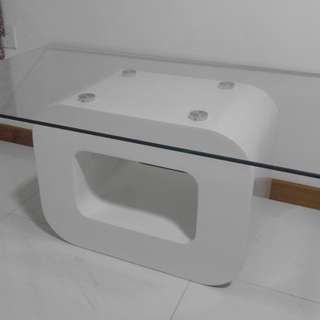 White glass coffe table