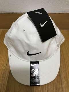 Nike Cap white 12/24M