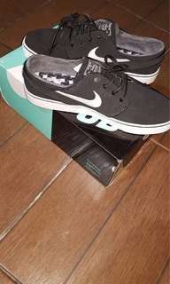 Nike SB Stefan Janoski OG Black/White 8.5 US