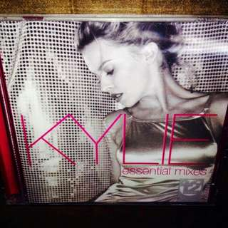 Kylie Minogue -	Essential Mixes	(Sealed)
