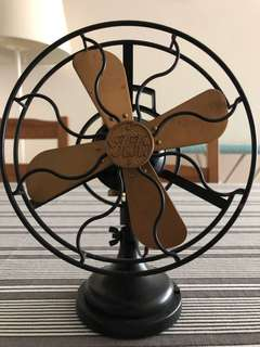 Vintage look Small cute fan (not working but may be repaired)