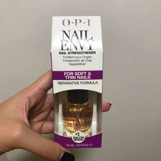 OPI nail strengthener soft and thin nails